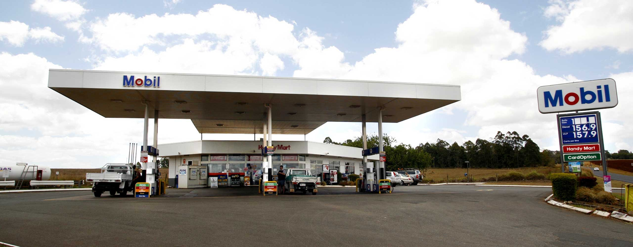 Mobil atherton fuel station trinity petroleum for The atherton